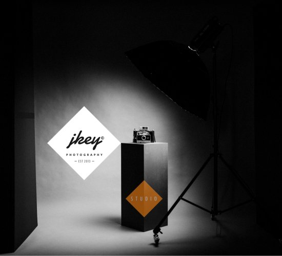 Fotostudio JKey Photography Photostudio Lighting Softbox Seamless Paper Fashion Model Studio