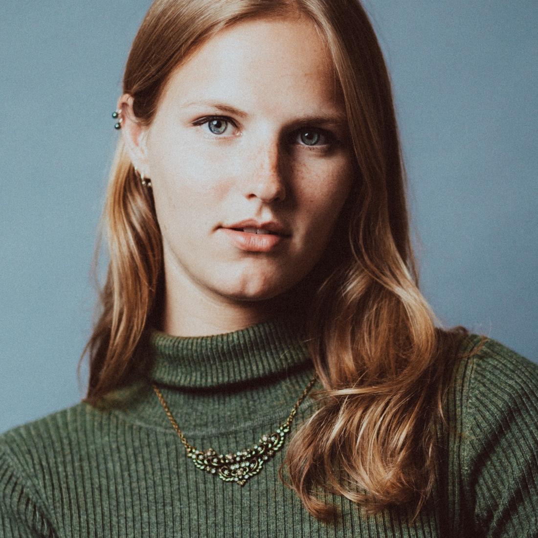 Sabien Bouw Fashion Model Nederland Fotoshoot Studio Portret Softbox JKey Photography